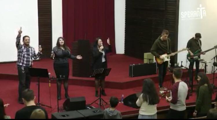 Seară de tineret – Cristocentric & Mihai Petroesc la Biserica Speranta! URMARESTE SI TU!