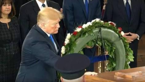 Discursul Președintelui Donald Trump: Astăzi, în centrul acestei camere mari se află legendarul Billy Graham, ambasador al lui Hristos, care a reamintit lumii despre puterea rugăciunii și darul harului lui Dumnezeu